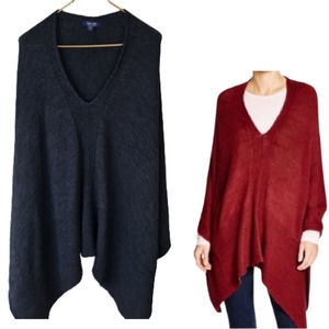 Splendid Italian Yarn Poncho Sweater Size M / L Black Ribbed Sharkbite Hem